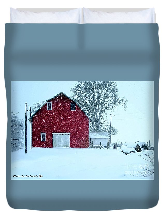 Red Barn Duvet Cover featuring the photograph Red Barn In Snow by Anthony Djordjevic