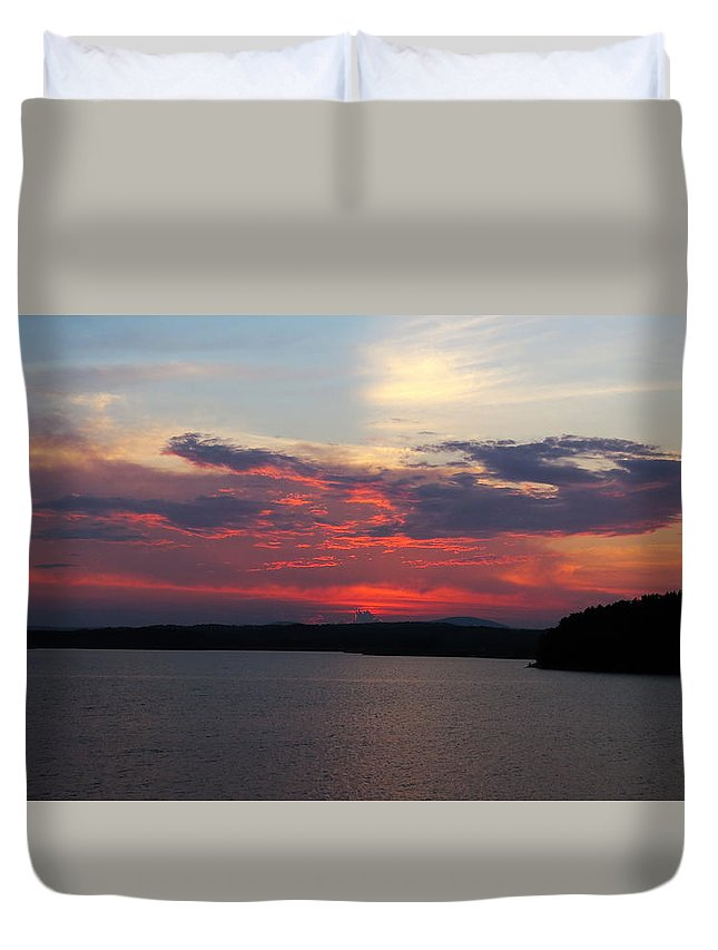 Landscape Duvet Cover featuring the photograph Red Red Red by Ronald Raymond