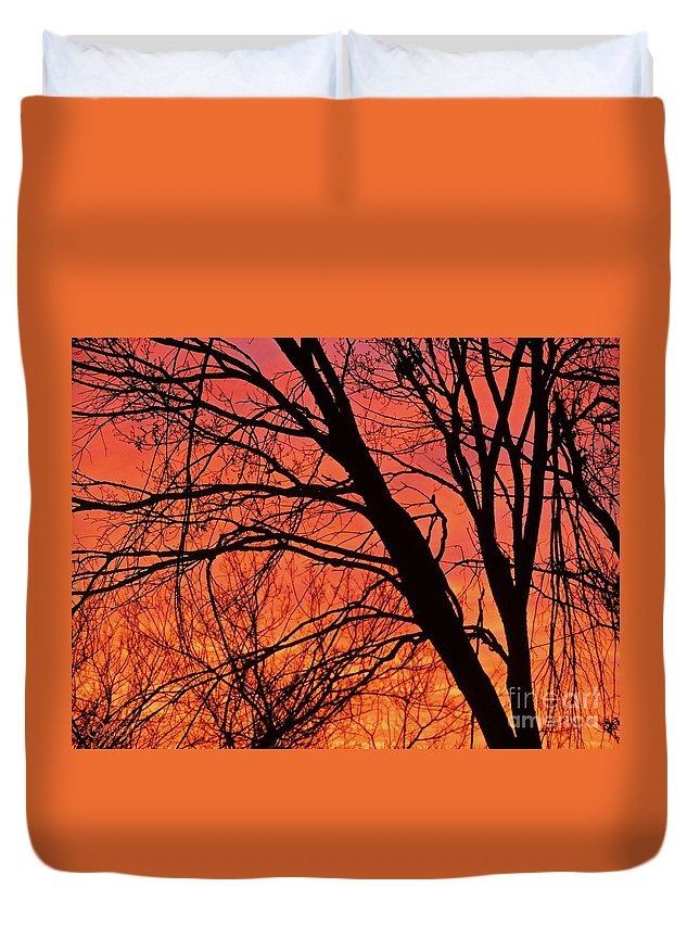 Sunrise Duvet Cover featuring the photograph Red Rising by Robert ONeil