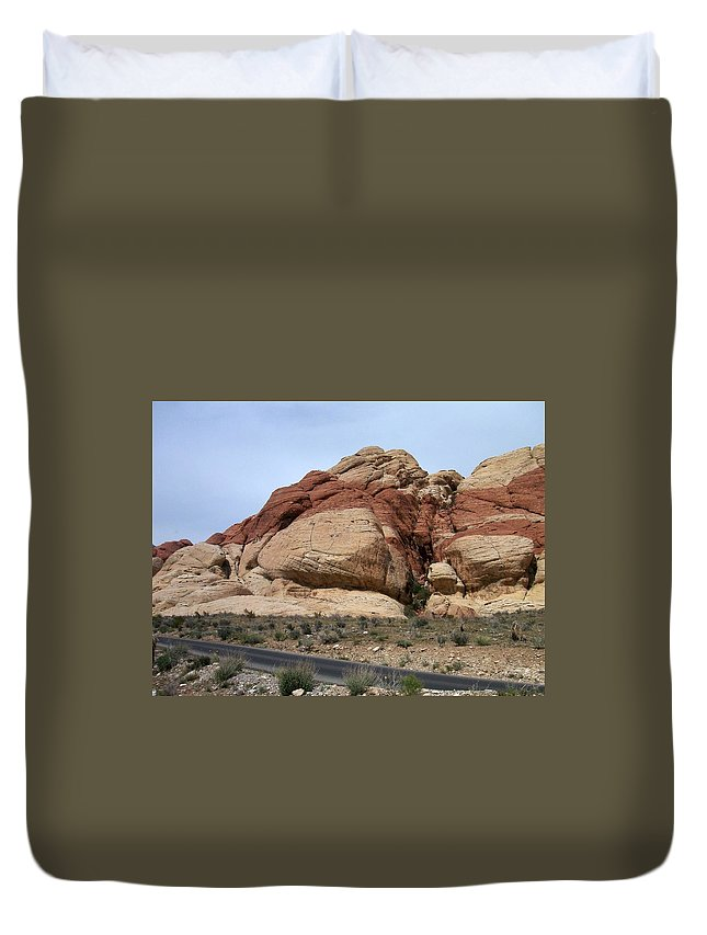 Red Rock Canyon Duvet Cover featuring the photograph Red Rock Canyon 2 by Anita Burgermeister