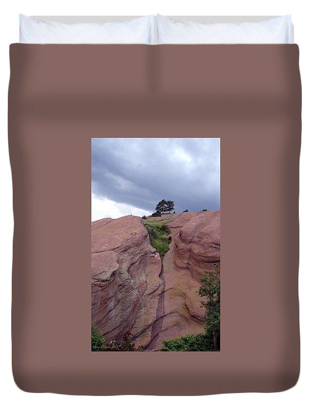 Red Rocks Duvet Cover featuring the photograph Red Rocks by Merja Waters
