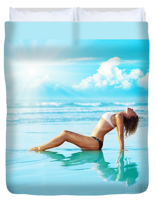 Copy-space Duvet Cover featuring the photograph Reflection Of Young Woman by MotHaiBaPhoto Prints