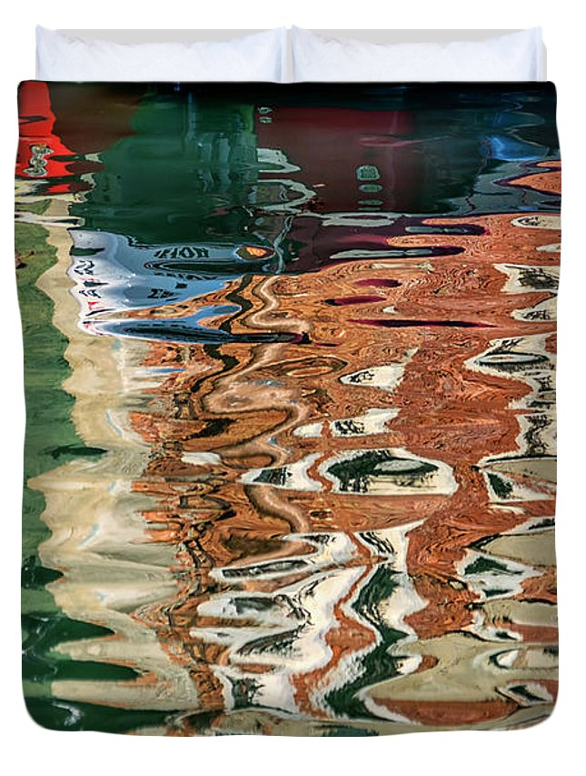 Italy Duvet Cover featuring the photograph Reflections Venice_dsc4687_03032017 by Greg Kluempers