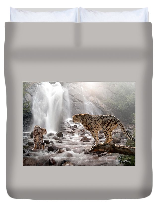 Wildlife Duvet Cover featuring the digital art Refreshed by Bill Stephens