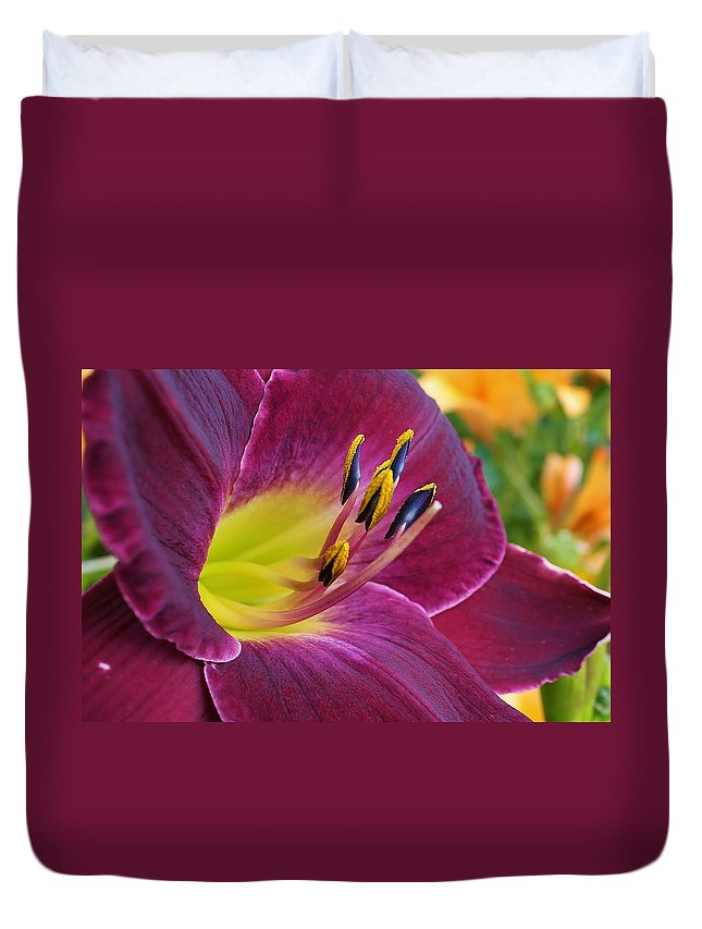 Flora Duvet Cover featuring the photograph Regal Beauty by Bruce Bley