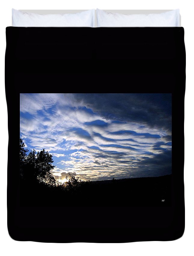 Sky Duvet Cover featuring the photograph Remarkable Sky by Will Borden