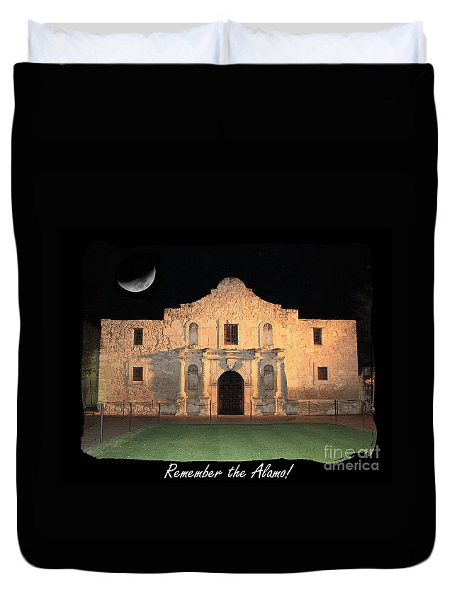 Remember The Alamo Duvet Cover featuring the photograph Remember The Alamo by Carol Groenen