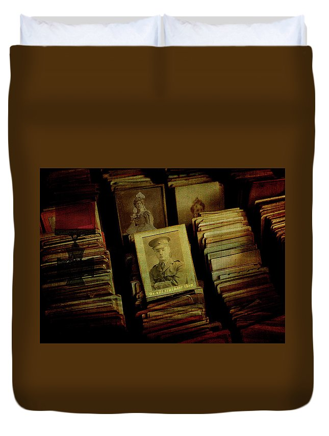 Books Duvet Cover featuring the digital art Remember The Fallen by Sarah Vernon