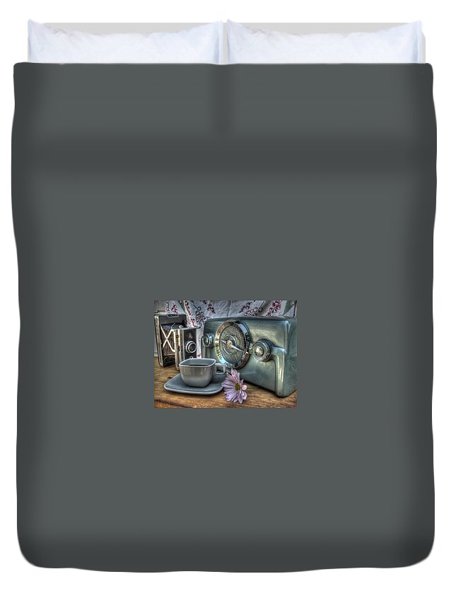 Coffee Duvet Cover featuring the photograph Remember The Past by Jane Linders