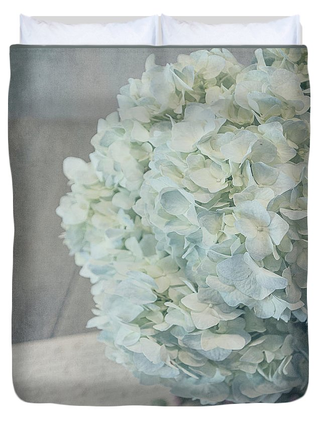 Hydrangea Duvet Cover featuring the photograph Remember When 6628 by Teresa Wilson