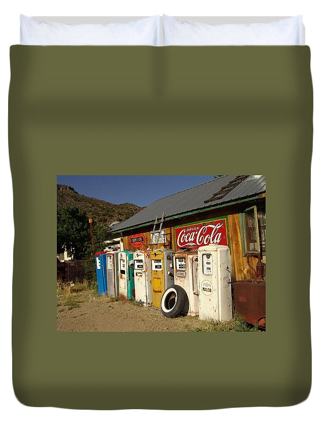 Auto Duvet Cover featuring the photograph Remember When by Carol Milisen