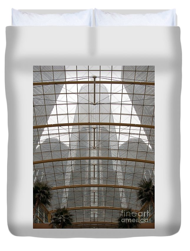 Detroit Duvet Cover featuring the photograph Rencen From Within by Ann Horn