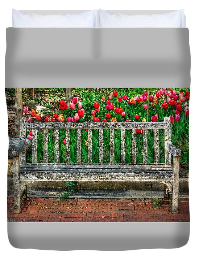Bench Duvet Cover featuring the photograph Resting Place by Michael Ciskowski