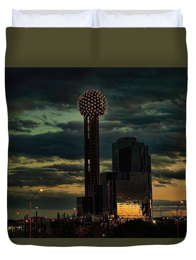 Diana Mary Sharpton Photography Duvet Cover featuring the photograph Reunion Tower, Dallas Texas by Diana Mary Sharpton
