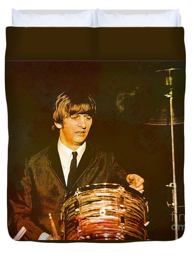 Beatles Duvet Cover featuring the photograph Ringo Starr by Larry Mulvehill