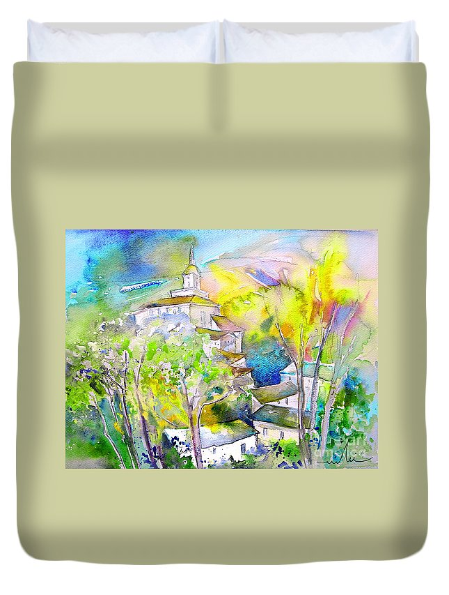 Watercolour Travel Painting Of A Village In La Rioja Spain Duvet Cover featuring the painting Rioja Spain 04 by Miki De Goodaboom