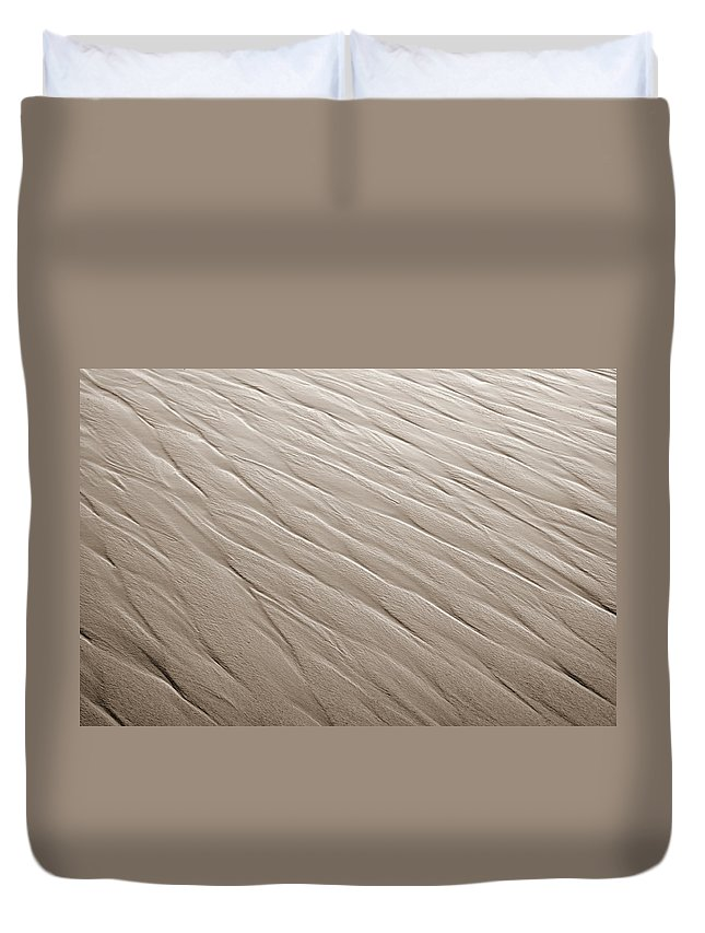 Ripples Duvet Cover featuring the photograph Rippling by Marilyn Hunt