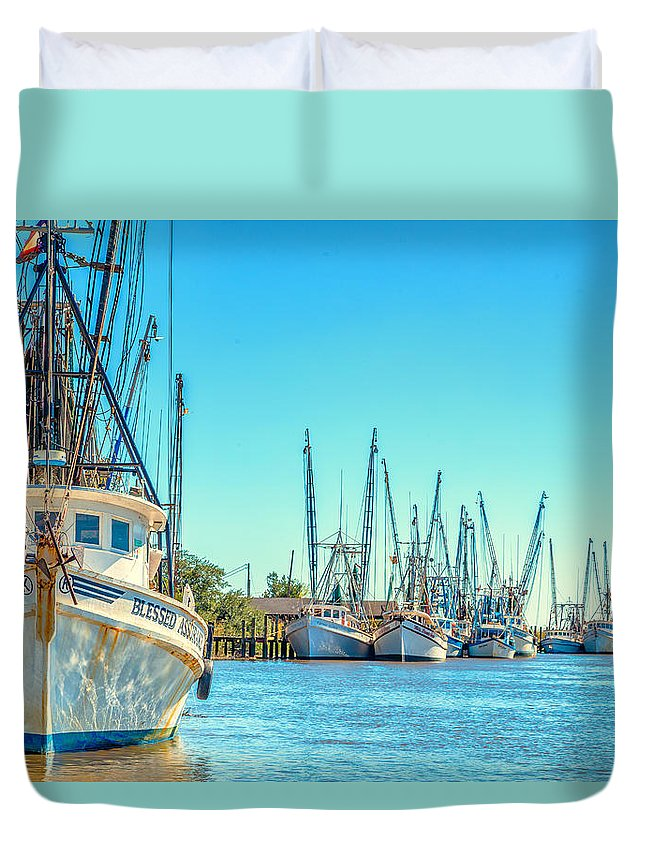 Darien Duvet Cover featuring the photograph Darien Shrimp Boats by Gestalt Imagery