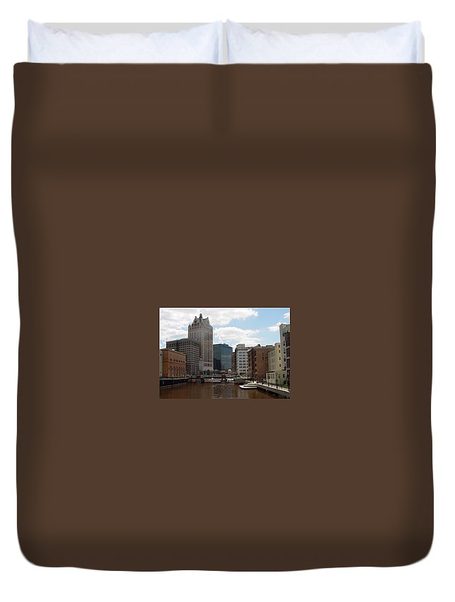 Milwaukee Duvet Cover featuring the photograph River View by Anita Burgermeister