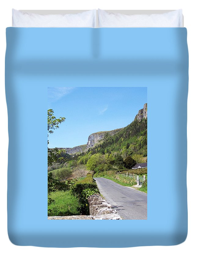 Irish Duvet Cover featuring the photograph Road To Benbulben County Leitrim Ireland by Teresa Mucha