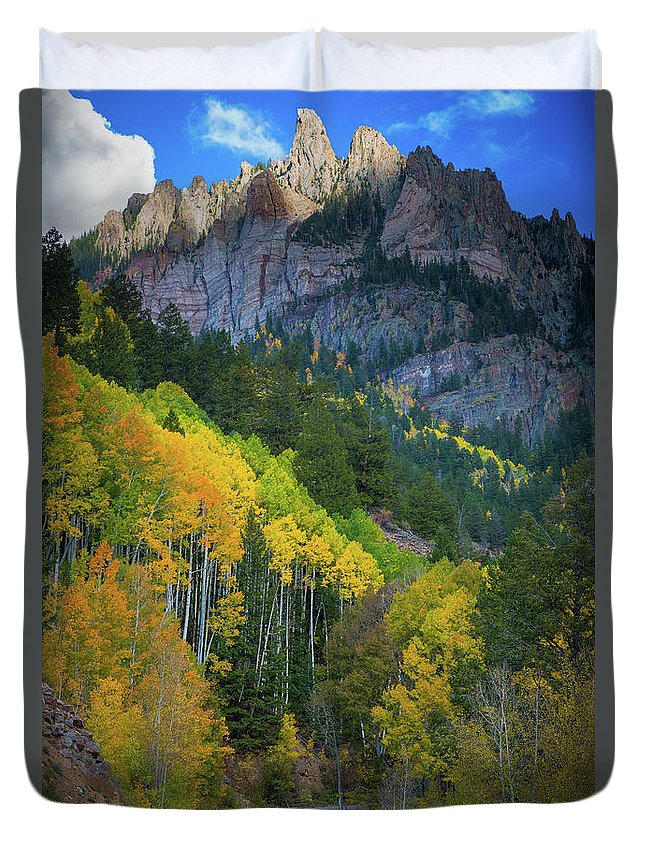 America Duvet Cover featuring the photograph Road To Silver Mountain by Inge Johnsson