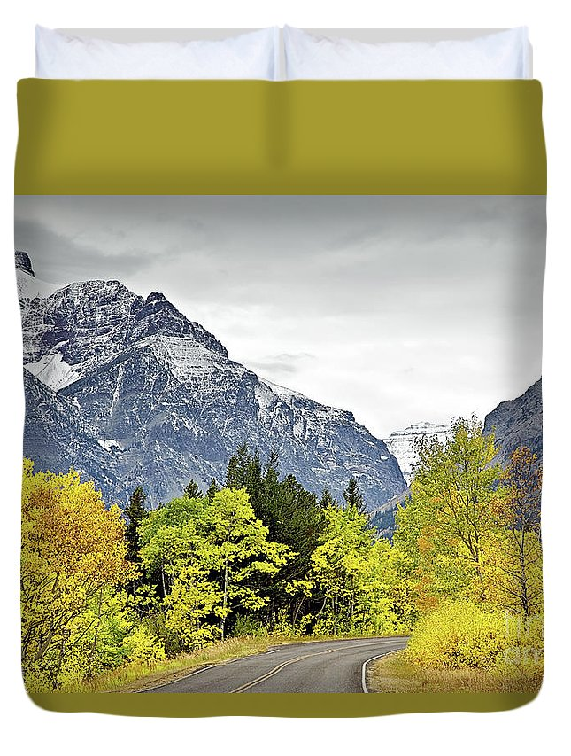 Road Too Autumn Duvet Cover featuring the photograph Road Too Autumn by Daryl L Hunter