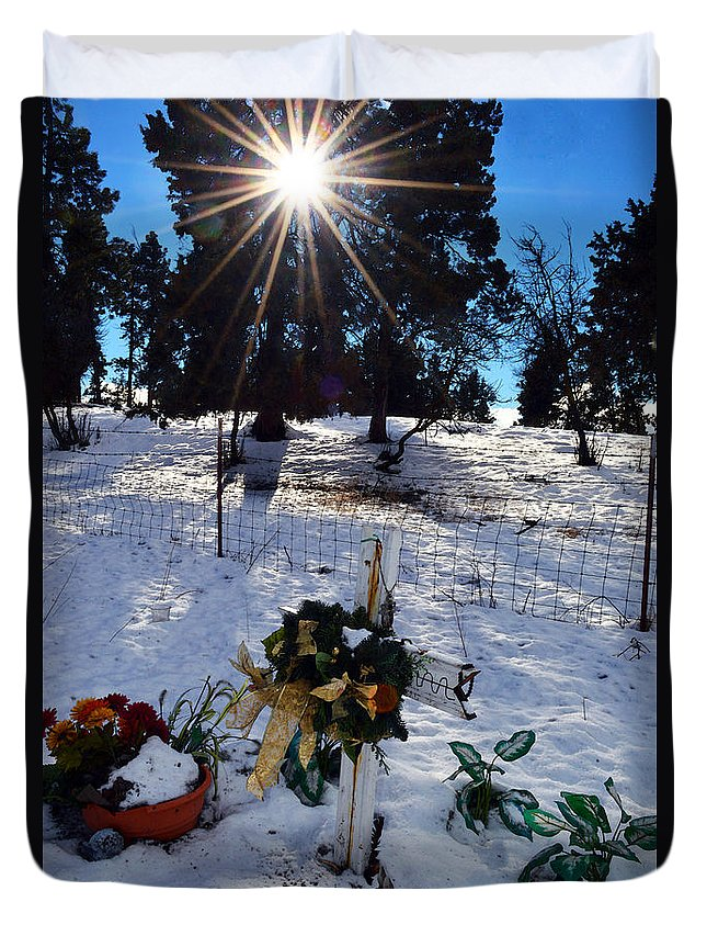 Memorial Duvet Cover featuring the photograph Roadside Reminder by Brian Orion