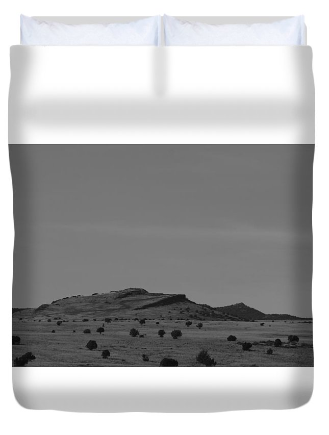 Landscape Duvet Cover featuring the photograph Roadtrip 2 by Meagan Paxton