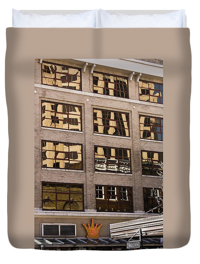 Roanoke Duvet Cover featuring the photograph Roanoke Reflection by Teresa Mucha