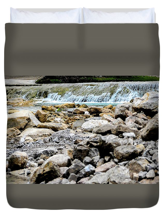 Rocks Duvet Cover featuring the photograph Rock Bed by Joe Yvarra