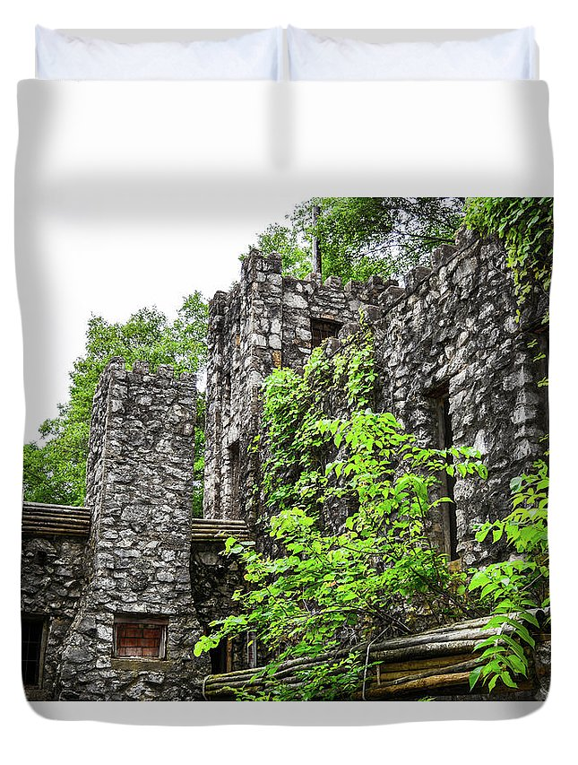 Rocks Duvet Cover featuring the photograph Rock Castle Fireplace by Joe Yvarra
