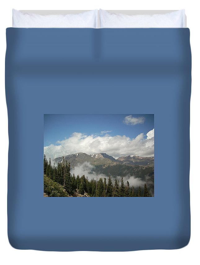 Blue Sky Duvet Cover featuring the photograph Rockies 1 by Sara Stevenson