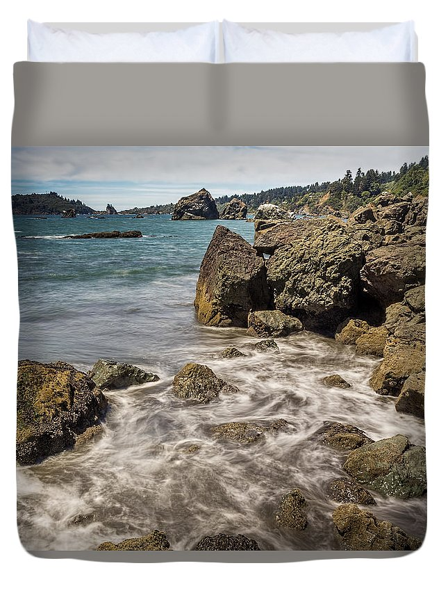 Ocean Duvet Cover featuring the photograph Rocky Coast by Jeffrey Schwartz