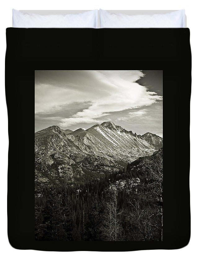 Colorado Duvet Cover featuring the photograph Rocky Mountain Wonders by Marilyn Hunt