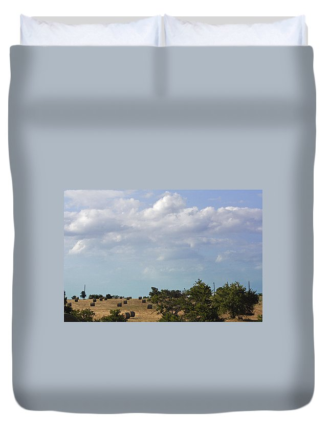 Landscape Duvet Cover featuring the photograph Roll Away by Melissa Millsap-Young