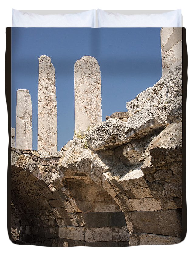 Izmir Smyrna Turkey Agora Ruin Roman Ruins Archaeological Site Stone Stones Arch Arches Structure Structures Architecture City Cities Cityscape Cityscapes Landmark Landmarks Column Columns Duvet Cover featuring the photograph Roman Agora by Bob Phillips