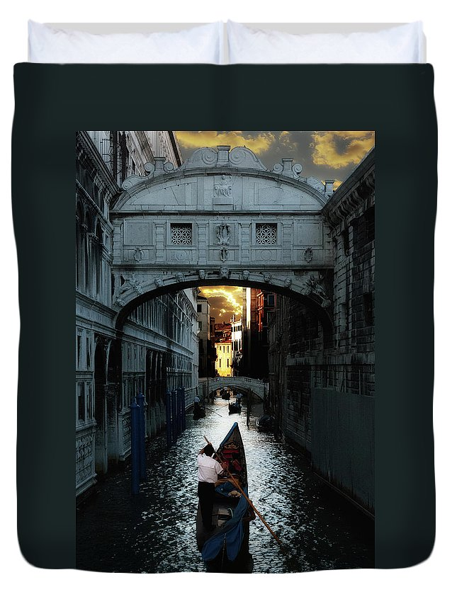Venice Duvet Cover featuring the photograph Romantic Venice by Harry Spitz