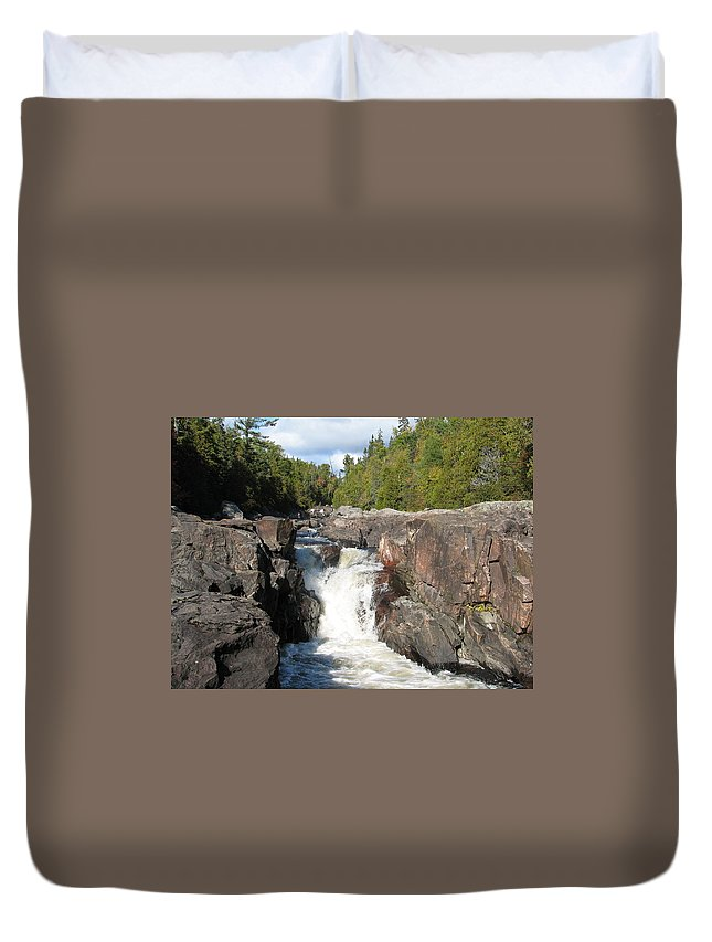 Waterfall Duvet Cover featuring the photograph Rosetone Falls by Kelly Mezzapelle