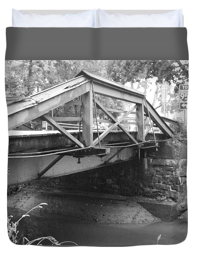 Washington's Duvet Cover featuring the photograph Route 532 Bridge Over The Delaware Canal - Washington's Crossing by Bill Cannon