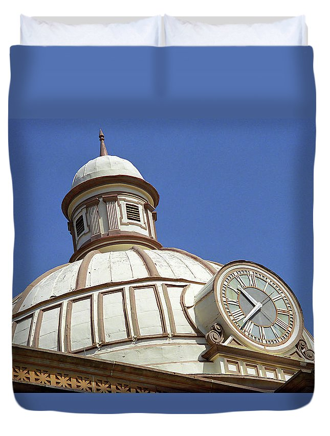 66 Duvet Cover featuring the photograph Route 66 Courthouse by Frank Romeo