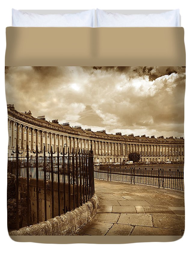 Bath Duvet Cover featuring the photograph Royal Crescent Bath Somerset England Uk by Mal Bray