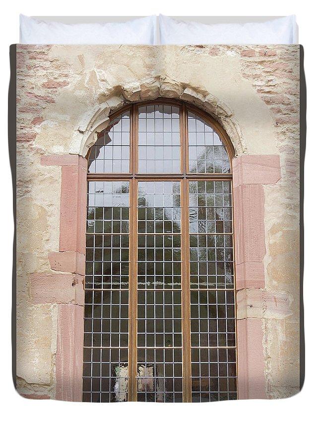 Heidelberg Duvet Cover featuring the photograph Ruprechtsbau Window by Teresa Mucha