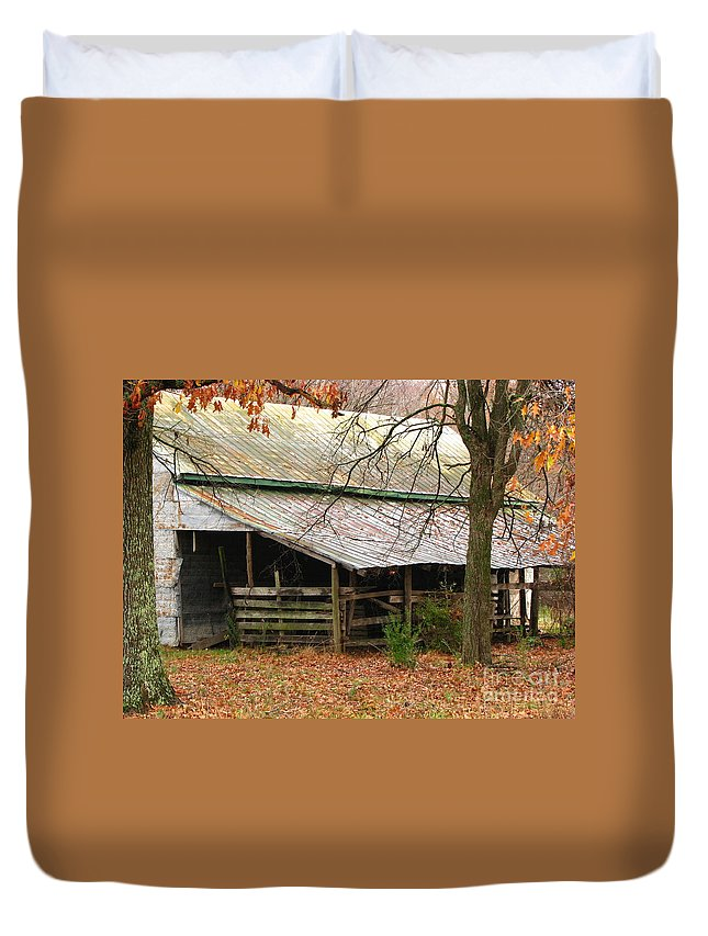Rural Duvet Cover featuring the photograph Rural by Amanda Barcon