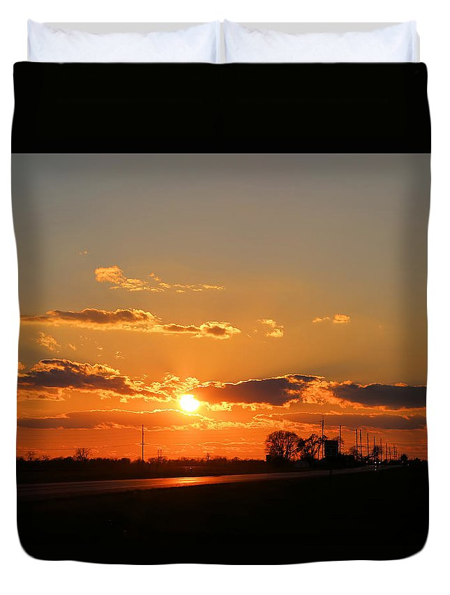 Illinois Duvet Cover featuring the photograph Rural Il Sunset Reflections by Theresa Campbell