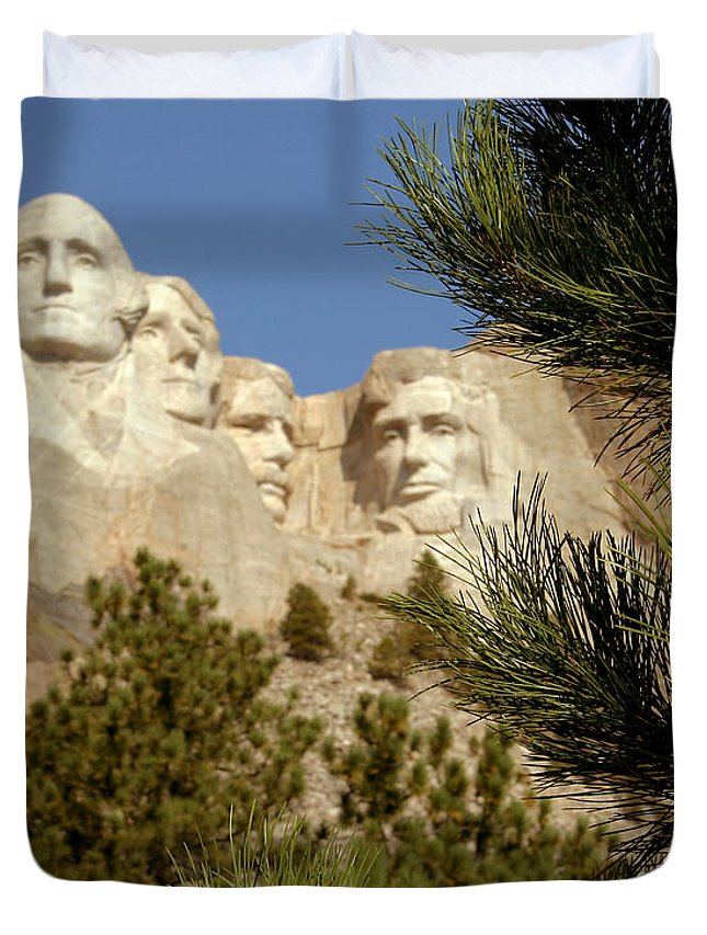 Mount Rushmore Duvet Cover featuring the photograph Rushmore Pine Needles by Mike Oistad
