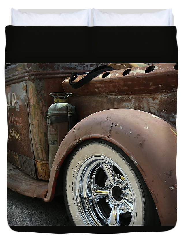 Truck Duvet Cover featuring the photograph Rust In Peace 4 by Jeff Roney