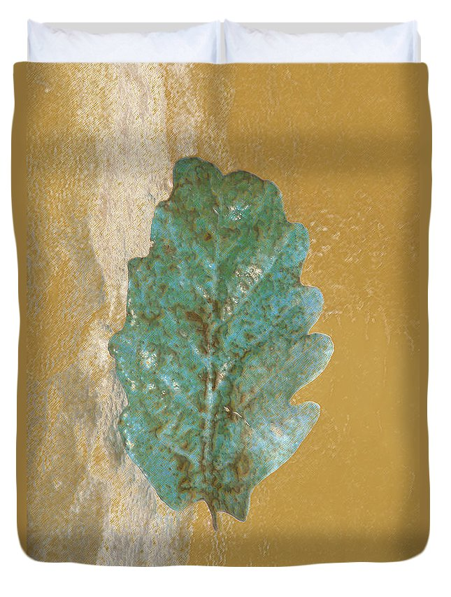 Leaves Duvet Cover featuring the photograph Rustic Leaf by Linda Sannuti