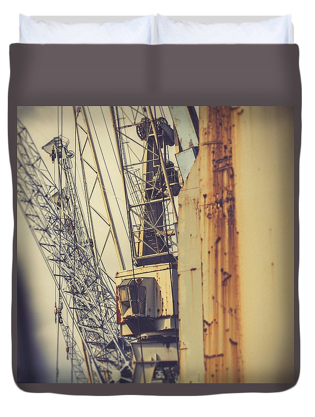 Hamburg Duvet Cover featuring the photograph Rusty by Berit Schurse