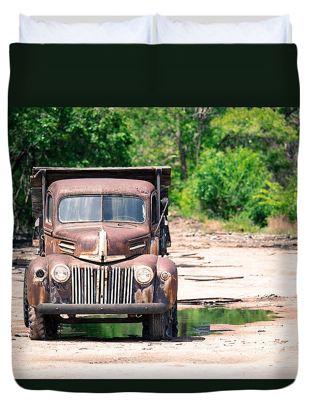 Truck Duvet Cover featuring the photograph Rusty Old Truck by Donna Young
