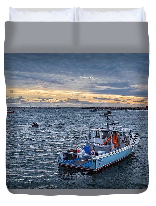 Rye Duvet Cover featuring the photograph Safe Harbor by Scott Patterson